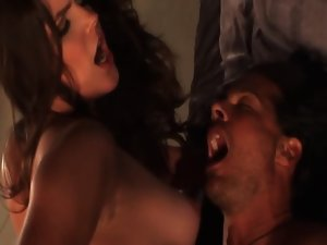 Bobbi Star and Jennifer Dark crazy threesome action