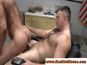 Jock pornstar assfucked after licking phallus