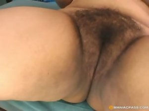 Obese very hairy vagina on xxl big cock