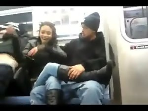 Bronx Slutty chicks Giving Head On The 6 Train