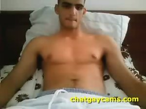Arabian Football Stud on Webcam - chatgaycams.com