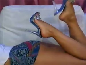 Mum harlot from latvia with excellent legs and upskirt