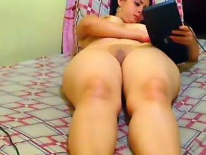 Latin Filthy bitch fingering on camshow
