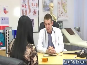 Pacients Get Wild Sex Execution In Doctor Office movie-05