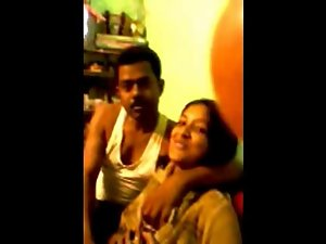 Northindian girlie fellatio bf and other friend recorded
