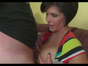 Mommy Fabulous Handjob And TitJob