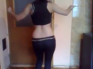 Turkish 19 years old Lass Oriental Dance
