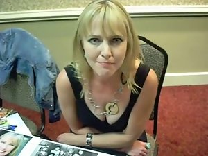Lisa Wilcox - Awesome Cleavage