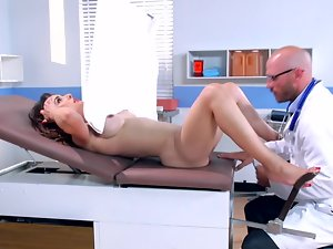 Doctor and his whorish patient Cytherea banging