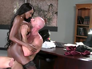 Amazing naughty ebony darling gets thumped so wild by a white stallion