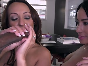 Freaky Latina dark haired sharing a magnificent chocolate dong