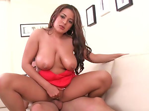 Buxom Latina Penelope gets her fatty twat drilled wild