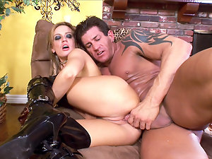 Holly wellin getting her butthole ripped off clip 2