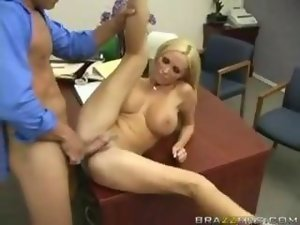 Screwed with Cum on Her Pussy!