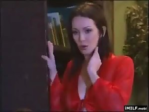 Filthy Mummy Catches Boss Being Bad
