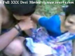 Sensual indian Mallu Aunty Grinding Outdoor On Picnic