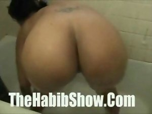 Thick Naughty bum Red bone receives a shaft from me