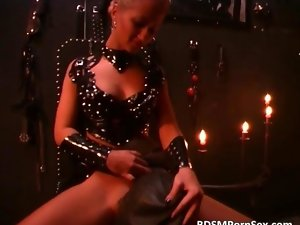 Tempting blonde vixen is face sitting pervert as she