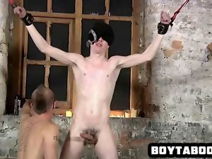 Blindfolded stud gets covered in some attractive wax