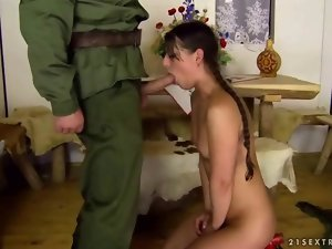 Soldier screwing luscious lady