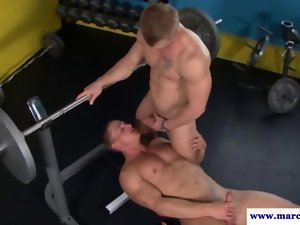 Straight porno dude licks off his gym buddy
