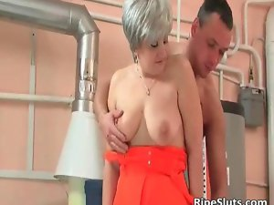 Randy experienced prostitute gets that moist vulva