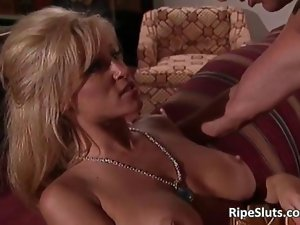 Beautiful top heavy aged tempting blonde gets that feature