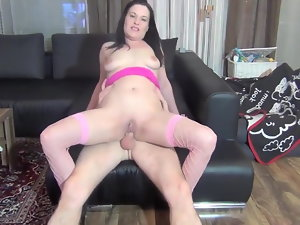 Slag Mum pissing on pipe