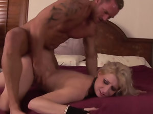 Extremely sexy milf babe gets banged on the bed